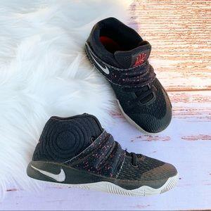 Nike Kyrie Irving #2 Basketball Sneakers